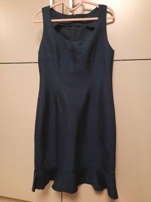 Vestido estilo flounce azul oscuro
