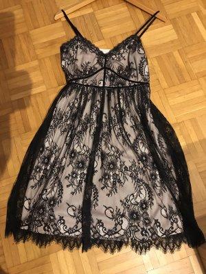 Kleid in Gr.34/36 von Vila in schwarz / beige .