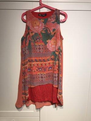 Kleid in Gr.40/L von Desigual in rot .