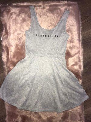 Kleid in grau von H&M