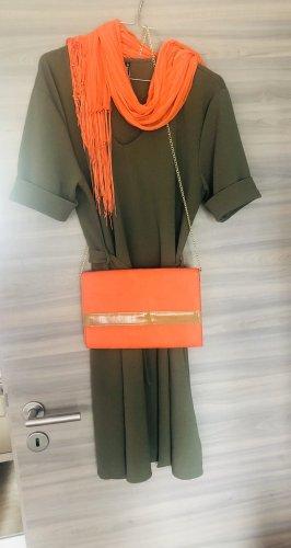 Kleid in Khaki