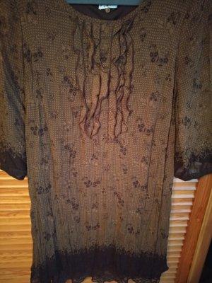 Kleid in Knitteroptik mit tollen Details