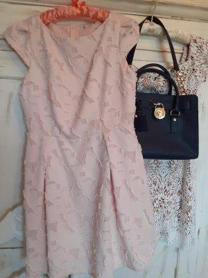 Kleid in peach ⚜⚜