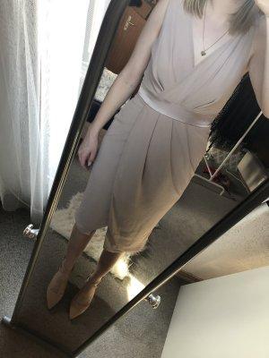 Kleid in rosa mit offenem Rücken in Größe 40