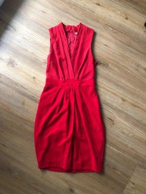 Kleid in rot
