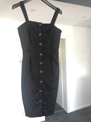 Kleid in schwarz mit Knöpfen