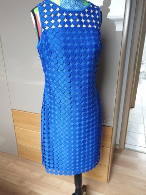 Kleid in stahlblau