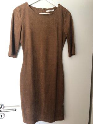 Kleid in Velour-Optik mit Rückenreißverschluss Gr.M