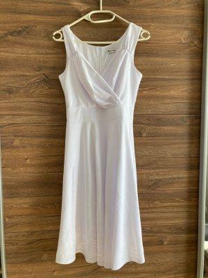 Kleid in weiß