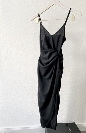 Kleid in Wickelopik mit Etikett