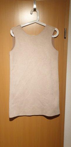 Kleid in Wildlederoptik