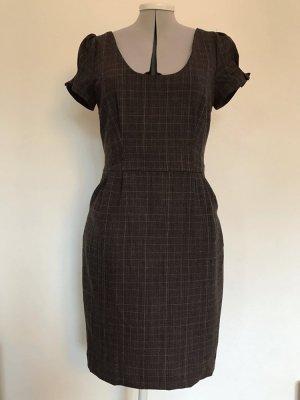 Kleid, klassischer Schnitt