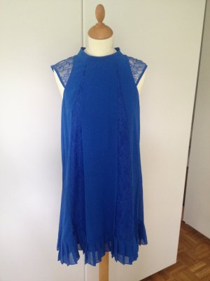 BCBG Shortsleeve Dress blue polyester