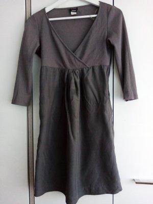 Kleid, kurzes Kleid von Miss sixty Gr. M seide