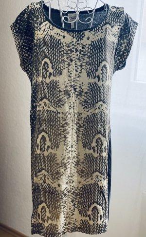 Kleid    Long Shirt