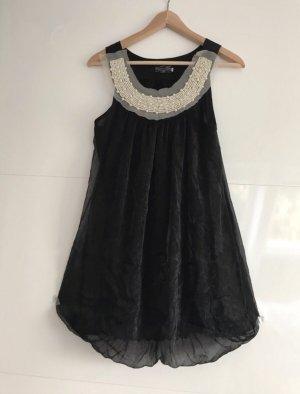 Kleid M mit Perlen