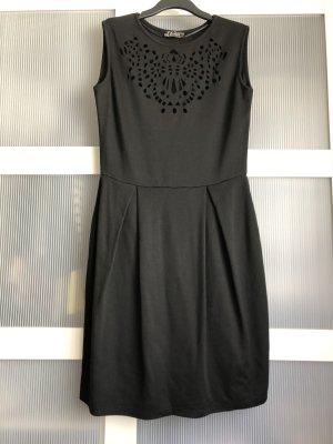 Keine Marke Sukienka z wycięciem czarny