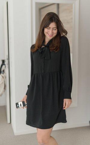 Kleid Mango schwarz mit Schluppe