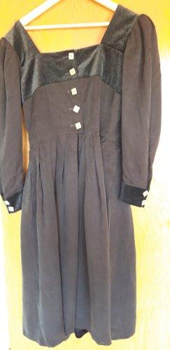 Mothwurf Midi Dress black
