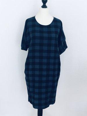 Esprit Robe mi-longue bleu-noir tissu mixte