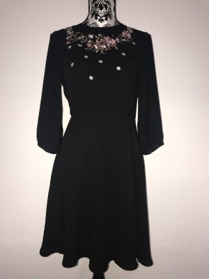 Kleid * Mint & Berry * schwarz * Blumenmuster * 36