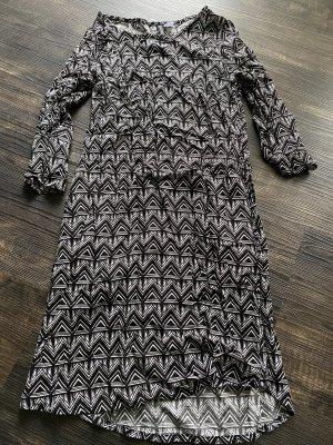 Kleid mit 3/4 Arm von H&M