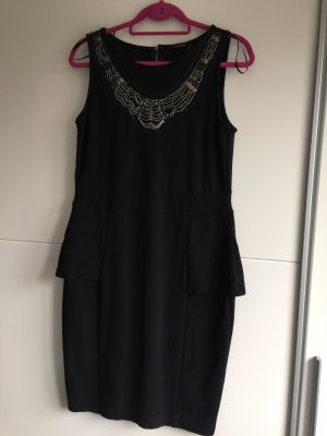 Kleid mit Applikationen