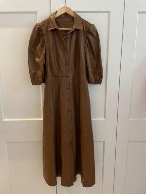 Kleid mit Ballonärmeln aus veganem Leder, wie neu