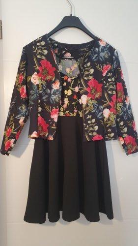 Colloseum Sukienka z baskinką czarny