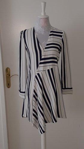Kleid mit enger Taille und ausgestelltem Rock, blau-weiss gestreift