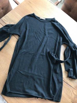 Kleid mit Fledermaus-Armen