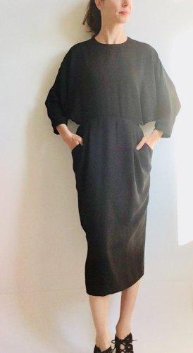 Kleid mit Fledermausärmeln von &other stories