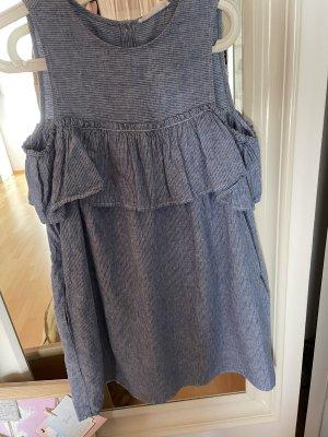 Kleid mit ganz feinen Streifen