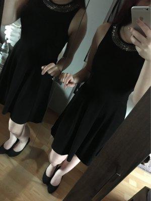 Kleid mit Glitzerdetails