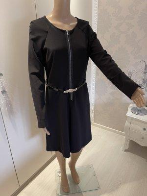 Kleid mit Gürtel schwarz Sinéquanone einmal getragen