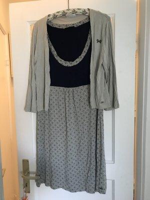 Kleid mit Jacke