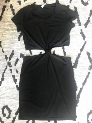 Kleid mit Knopf