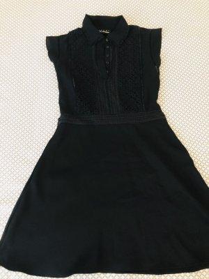 Kleid mit Kragen & Spitze