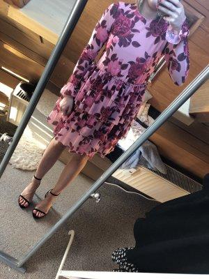 Kleid mit langen Ärmeln mit Flowerprint von Na-kd in Größe S