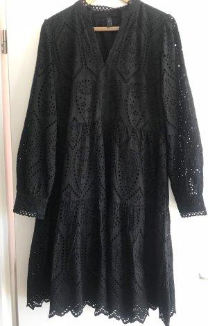 Kleid mit Lochstickmuster