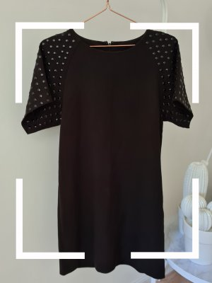 Kleid mit Nieten Ärmeln, Gr. 36, Monki