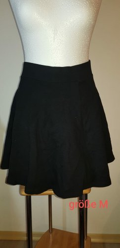 kleid mit oben tüll und rock in schwarz