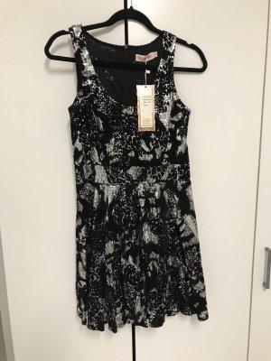 Kleid mit Pailetten