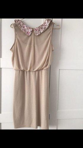 Kleid mit Paillettenkragen