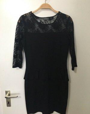 Kleid mit peplum