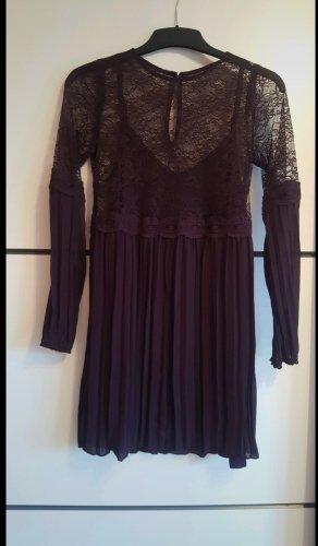 Kleid mit Plissee-Rock und Spitze in Gr: Xs