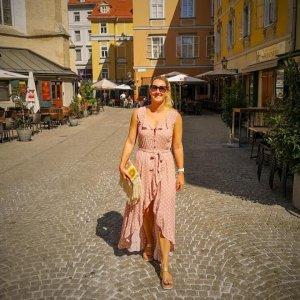 Kleid mit Polkadots