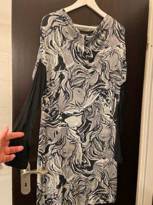 Kleid mit Pop-Art-Muster