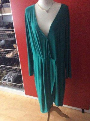 Kleid mit Raffungen und asymmetrisch in 52