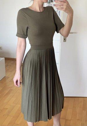 Kleid mit Rockfalten in khaki